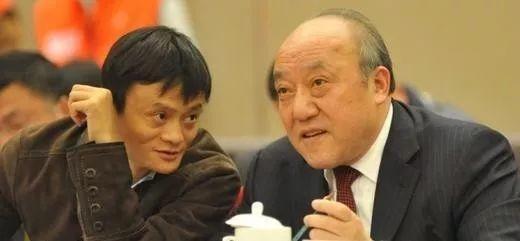 马云悼念浙商教父鲁冠球:他们留下了一个时代!