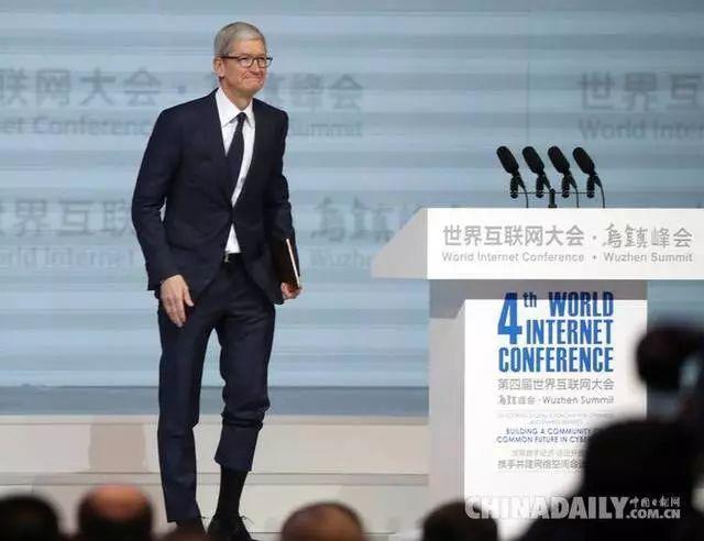 马云、马化腾、李彦宏在第四届世界互联网大会上都在谈论一件事
