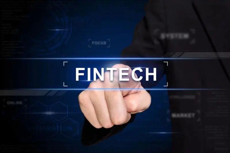 """数字化战""""疫"""":中小银行的机遇与挑战"""